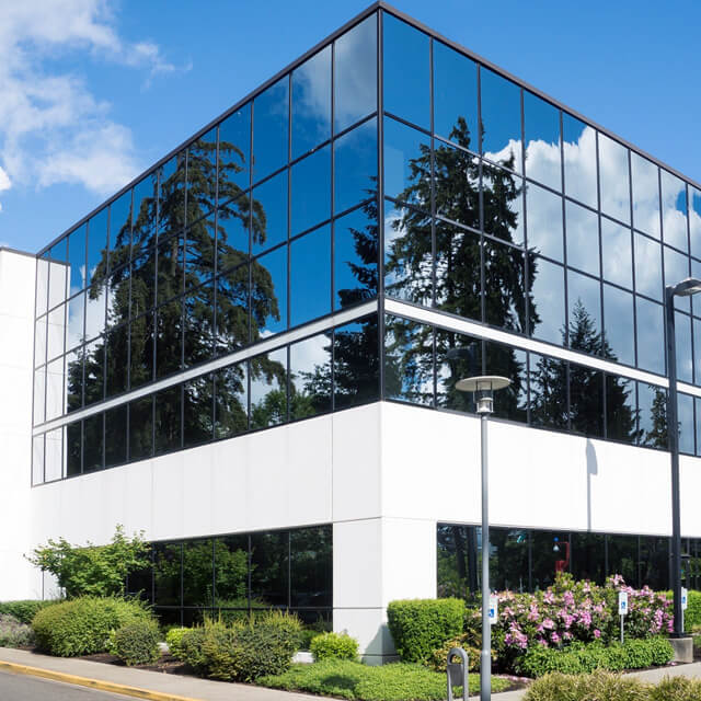 Compra, venta y alquiler de Locales de TQ High Level Inmobiliaria
